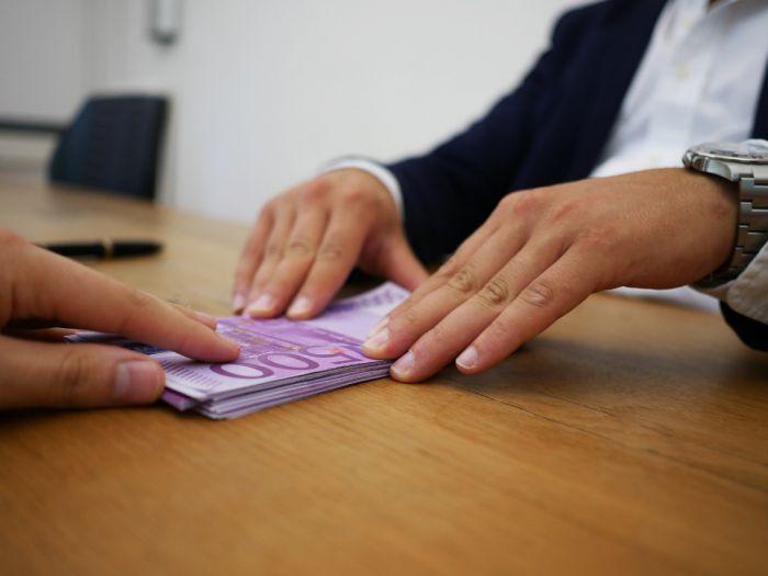 Asiguratorii moldoveni au platit ...